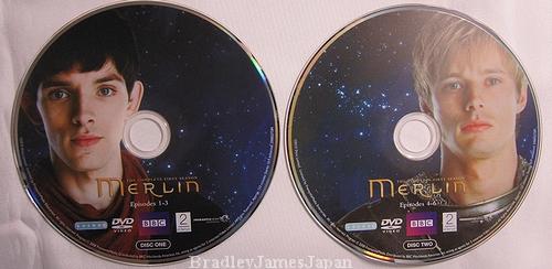 『Merlin/魔術師マーリン』シリーズ1のUS版5枚組DVD